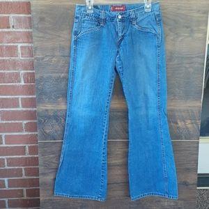 Vintage Levi's low slouch jeans flare leg size 5